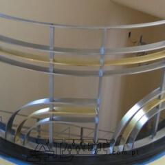 balustrady-ze-stali-nierdzewnej-b235c