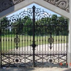 bramy-wjazdowe-kute-dwuskrzydlowe-g-108a